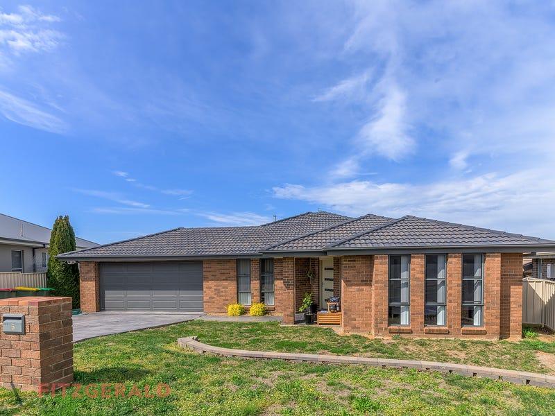 5 Stewart Close, Orange, NSW 2800