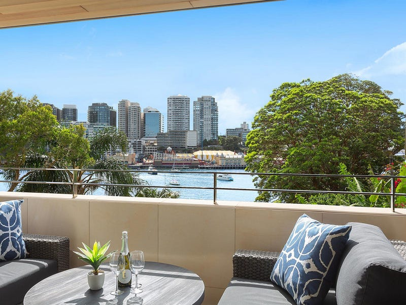201/3 East Crescent Street, McMahons Point, NSW 2060