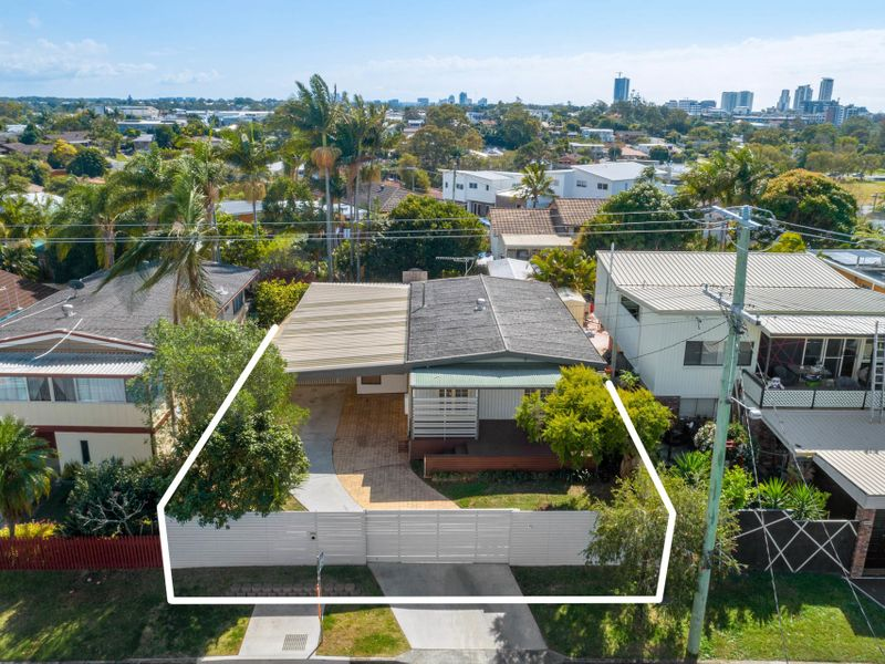 33 Shirley Street, Southport, Qld 4215