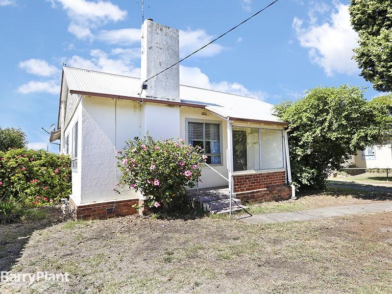 10 Pettitt Crescent, Norlane, Vic 3214