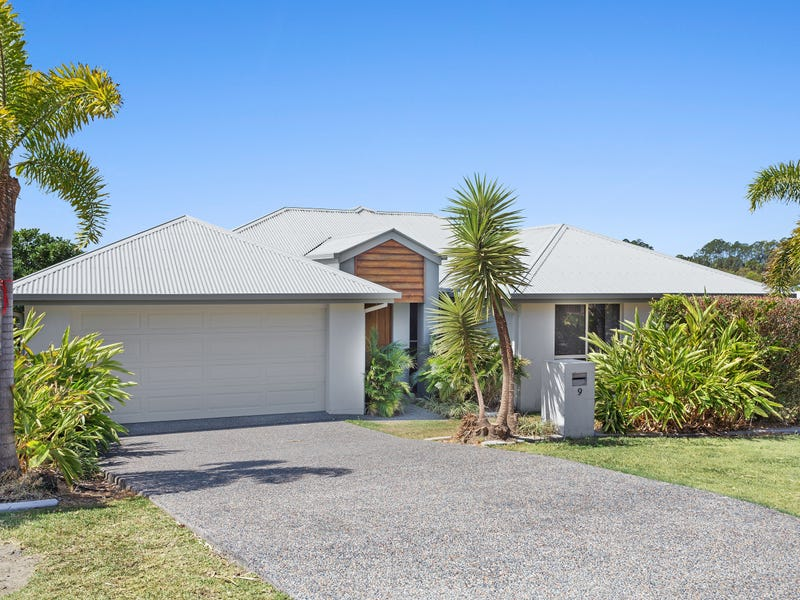 9 Sailaway Court, Coomera Waters, Qld 4209