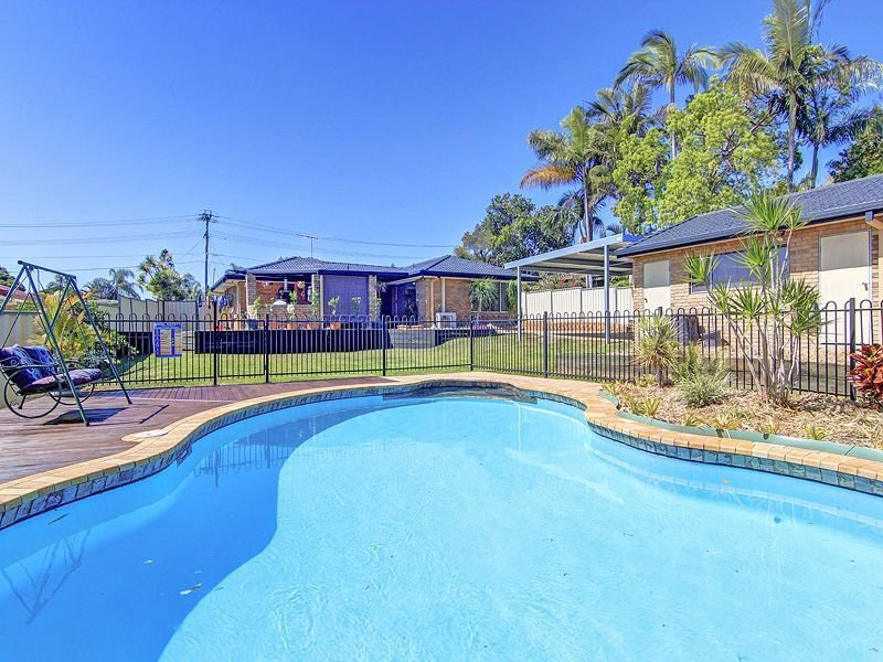 5 Thoms Cres, Mount Warren Park, Qld 4207