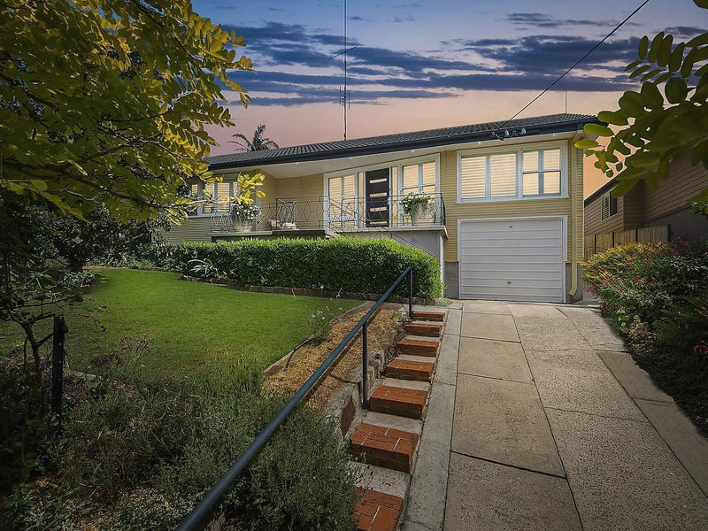 32 Sun Hill Drive, Merewether Heights, NSW 2291