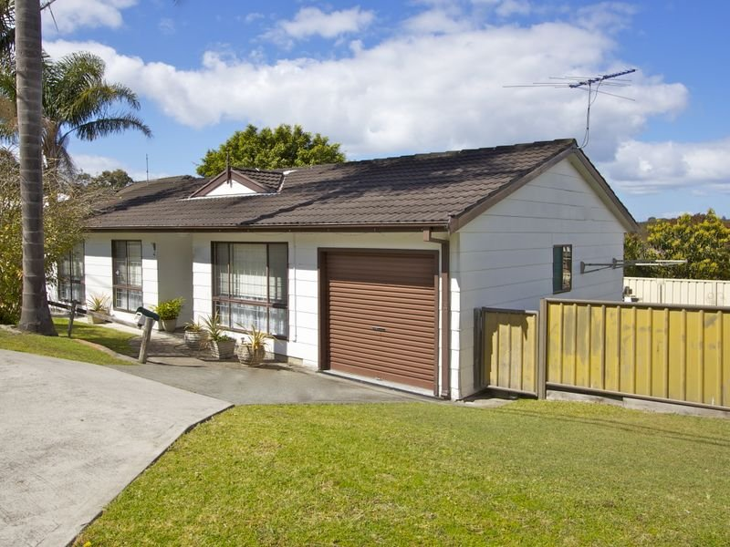 18a Edward Street, Fennell Bay, NSW 2283
