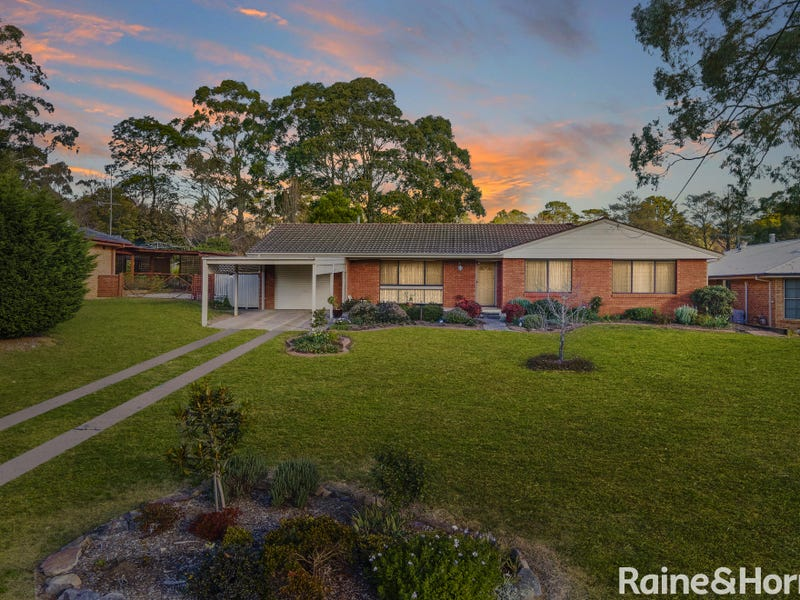10 Bindar Crescent, Bundanoon, NSW 2578