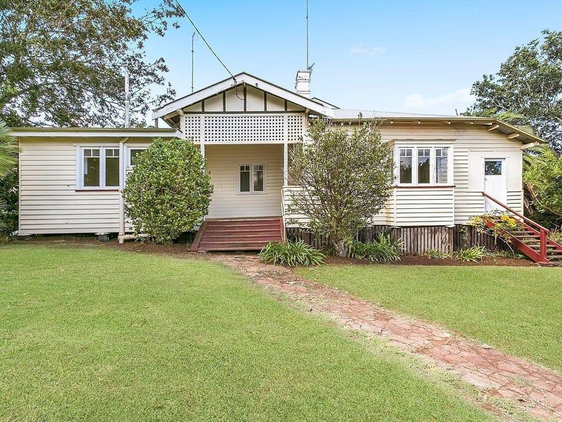 4 Arthur Street, East Toowoomba, Qld 4350