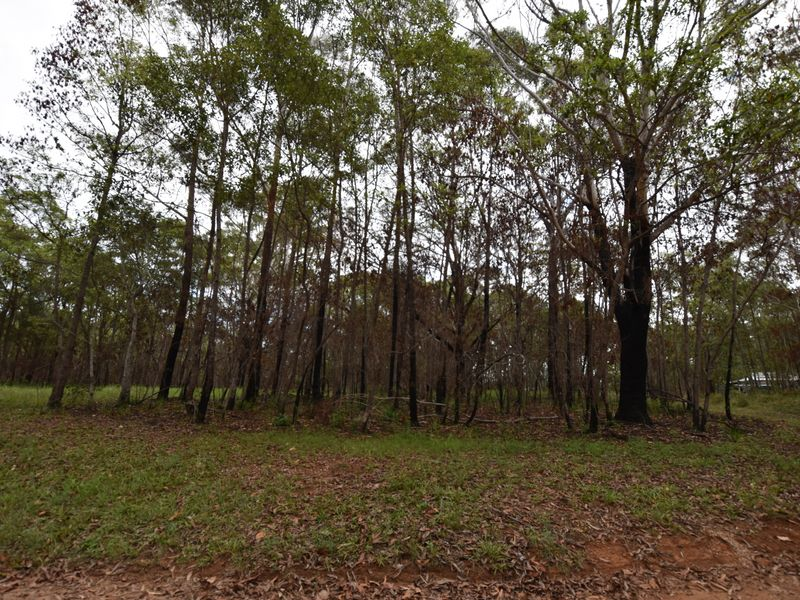 2 Lucy, Russell Island, Qld 4184
