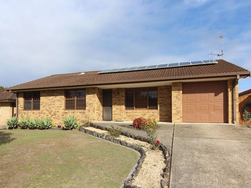 26 Rest Point Parade, Tuncurry, NSW 2428