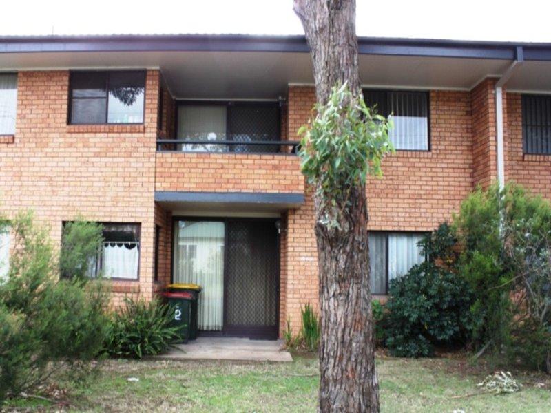 2/6 The Grove - Skellatar Street, Muswellbrook, NSW 2333