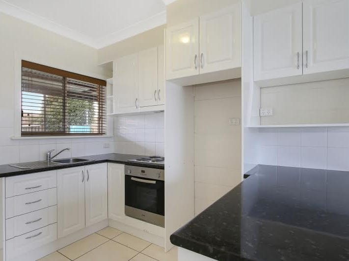 1/404 Douglas Road, Lavington, NSW 2641
