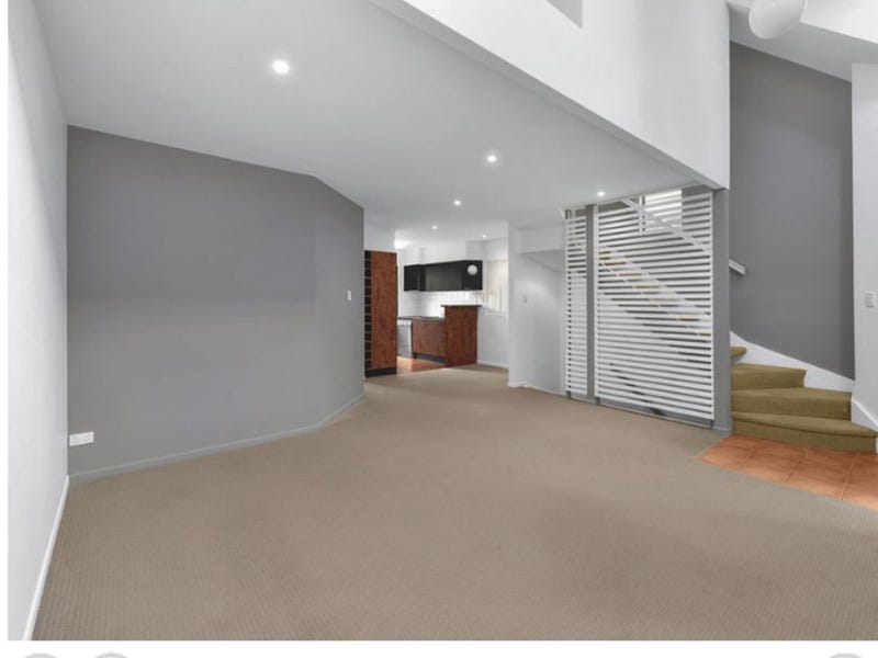 4/58 York Pde, Spring Hill, Qld 4000