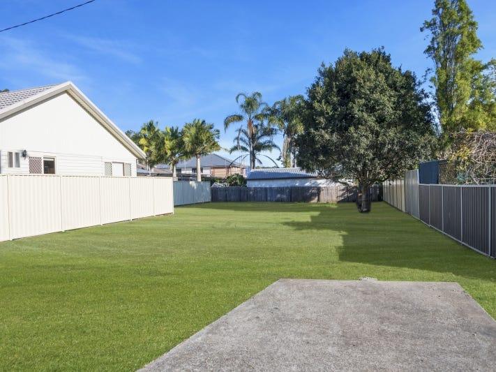 2A Hughes Avenue, Kanwal, NSW 2259