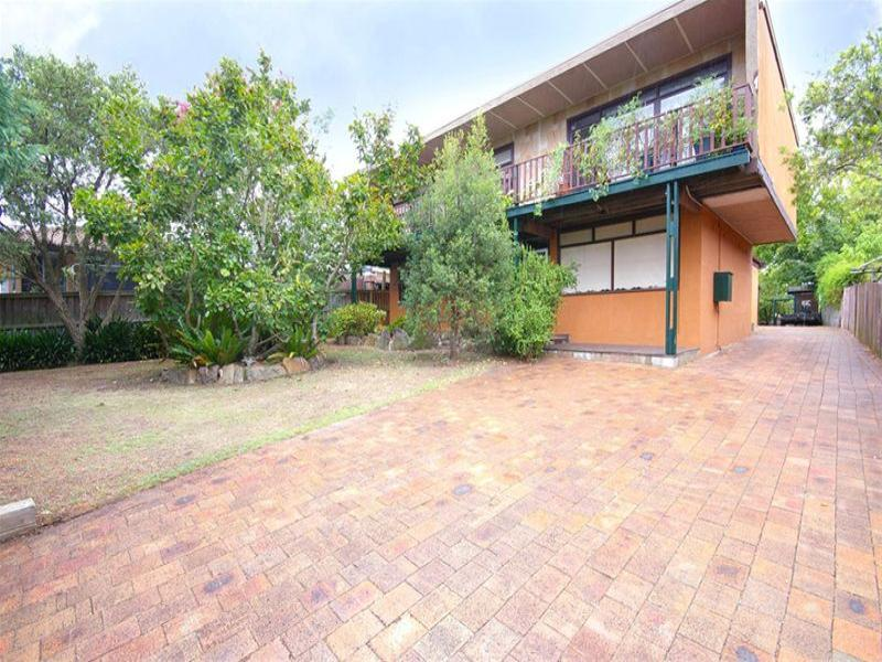 1 McKay Road, Hornsby Heights, NSW 2077