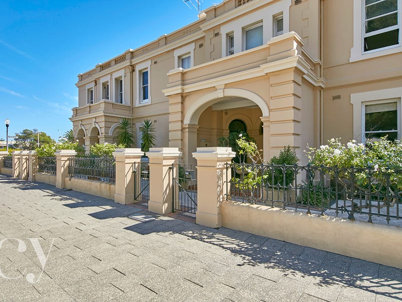 16 Marine Terrace, Fremantle, WA 6160