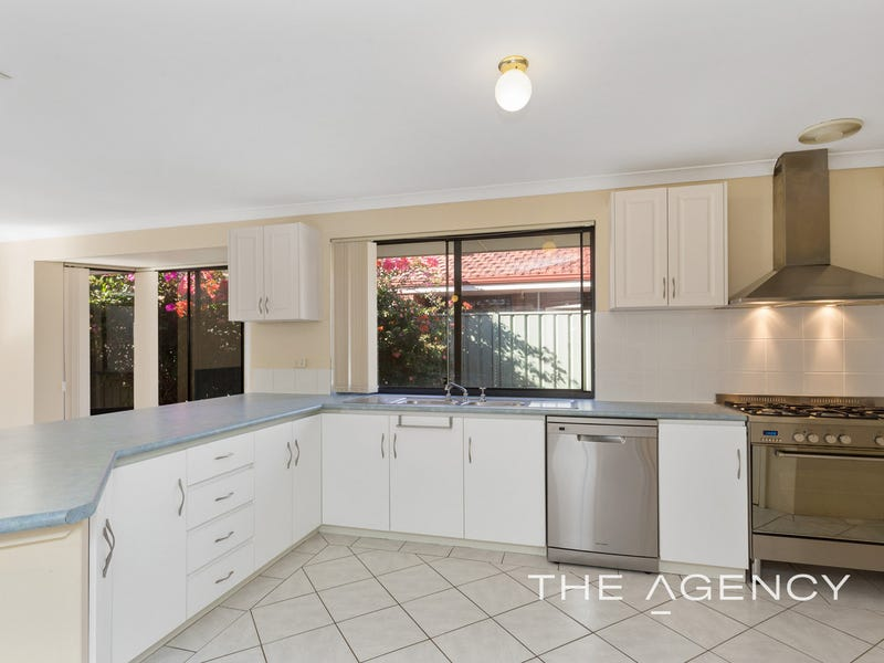 29 Lombe Gardens, Atwell