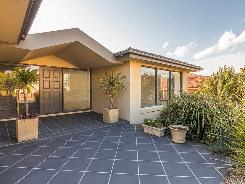 4 Brennan Court, Jerrabomberra, NSW 2619