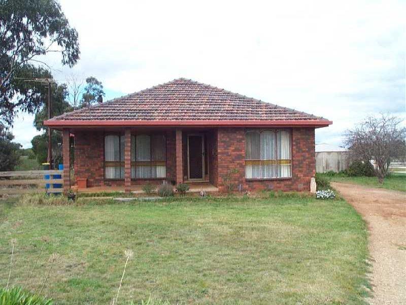 3270 Geelong Road, Balliang, Vic 3340