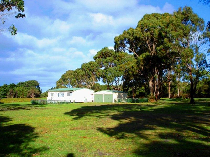 1870 Fraser Road, Pegarah, Naracoopa, Tas 7256