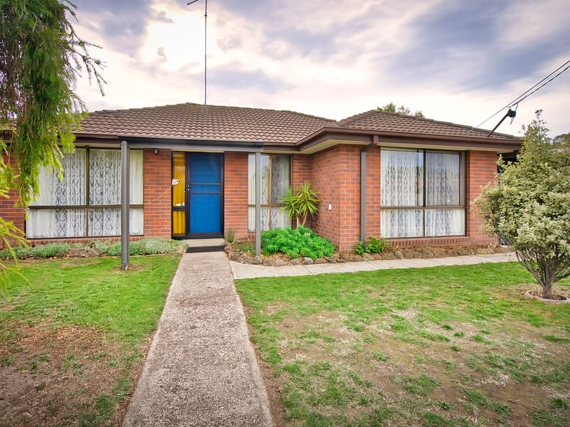 7 Colombard Court, Mitchell Park, Vic 3355