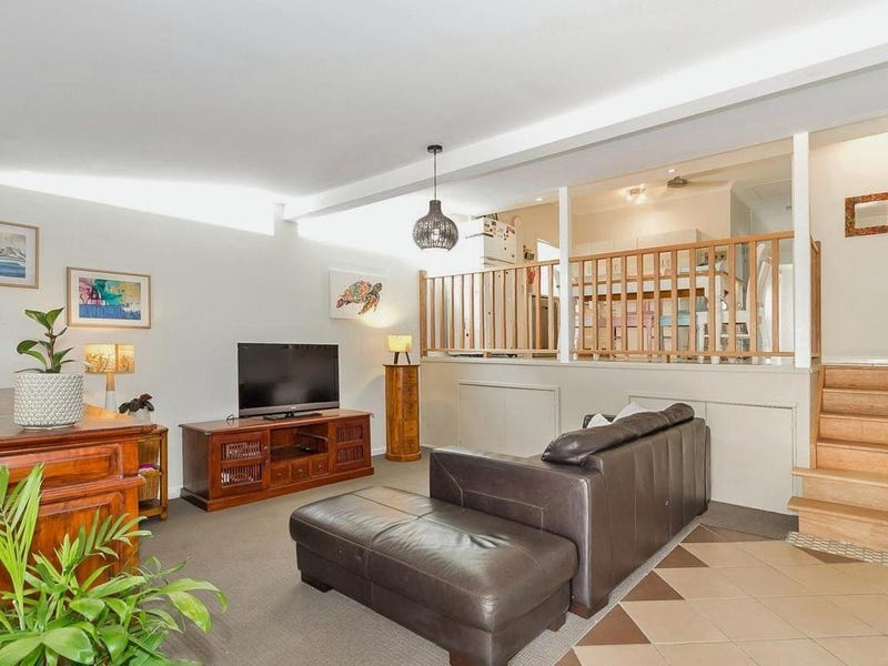 63 Blackwood Road, Manly West, Qld 4179