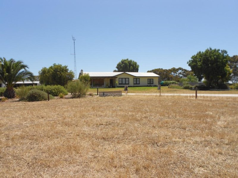 175 Golf Course Road, Bordertown, SA 5268