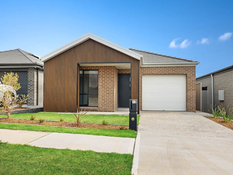 12 Fallow Street, Gregory Hills, NSW 2557