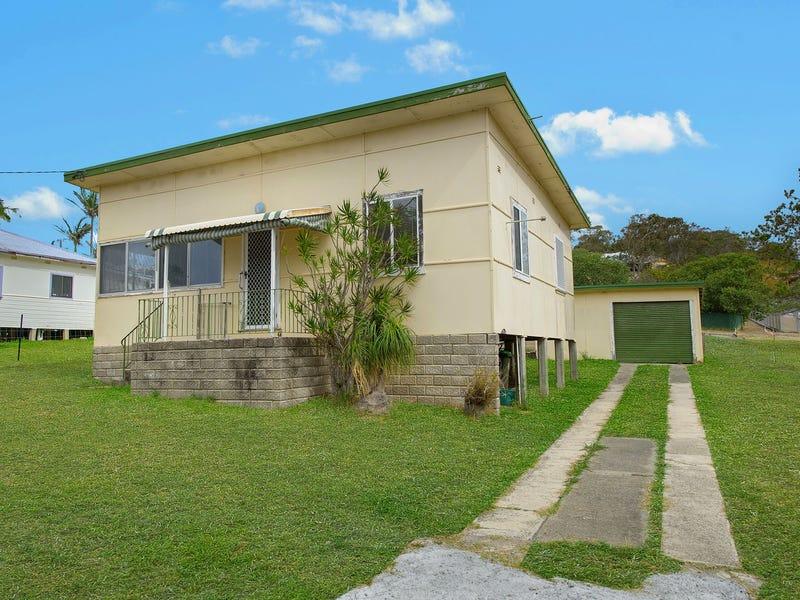 64 Main Street, Crescent Head, NSW 2440