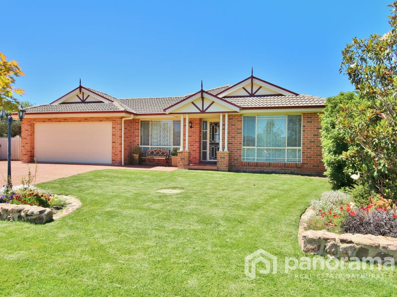 8 Douglas Court, Kelso, NSW 2795