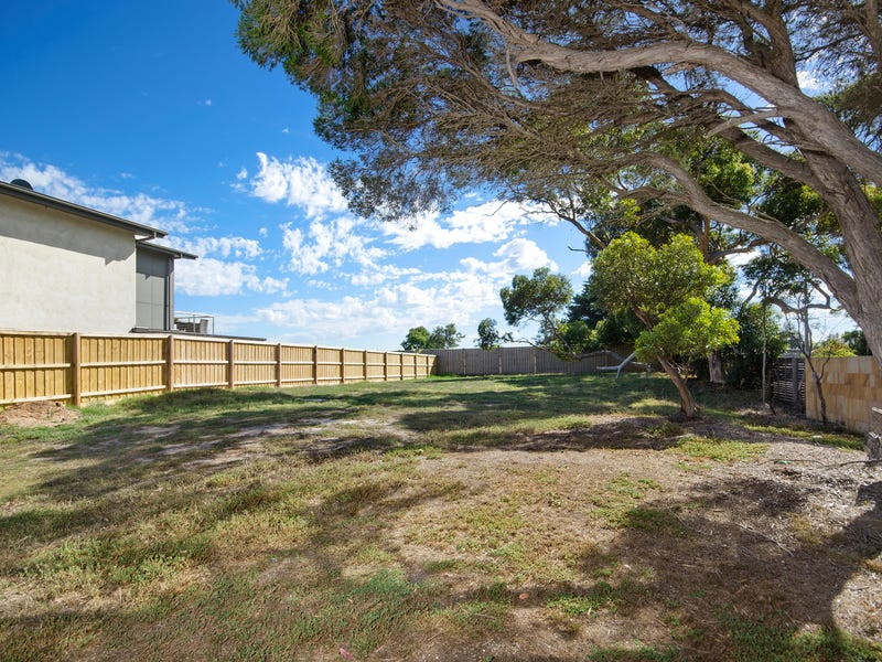 2 Lakes Entrance, Point Lonsdale, Vic 3225