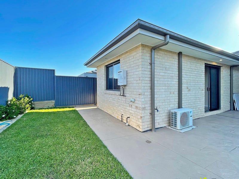 4A Ewing Loop, Oran Park, NSW 2570