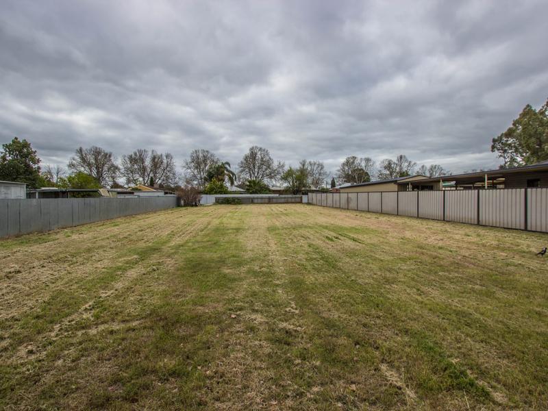 15 Dundas Street, Narrandera, NSW 2700