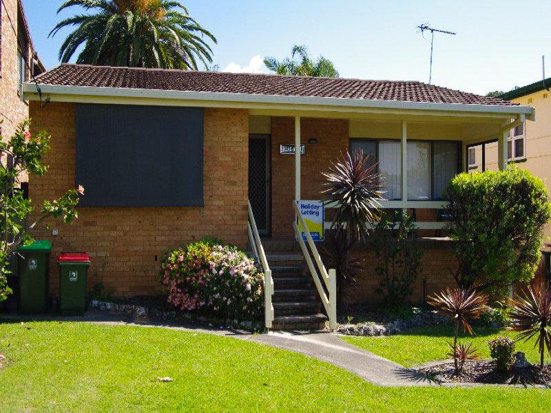 11 Scott Street, Crescent Head, NSW 2440
