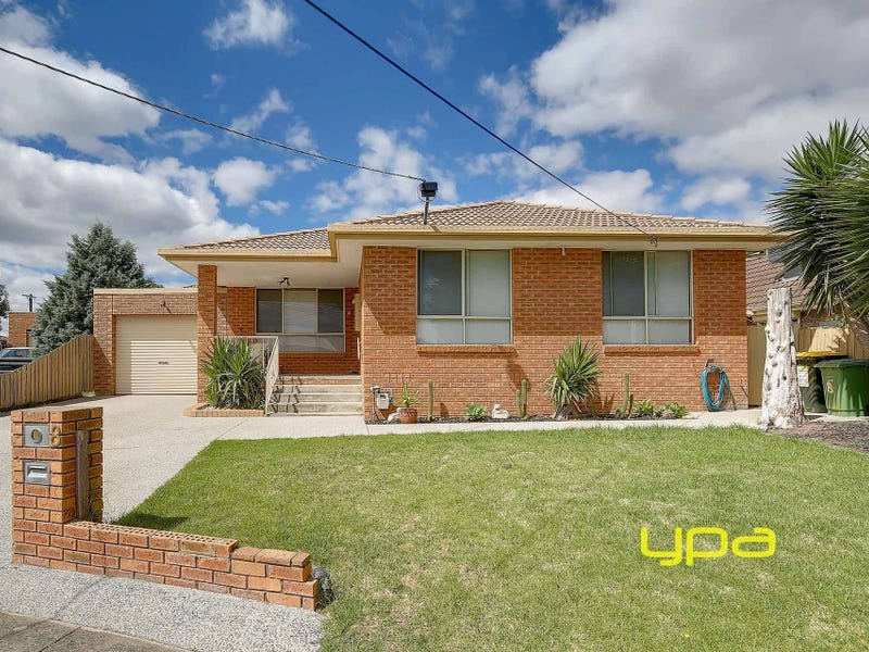 1/8 Seville Court, Meadow Heights, Vic 3048