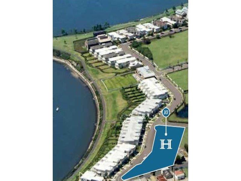 323 Hamptons/68 Peninsula Drive, Breakfast Point, NSW 2137