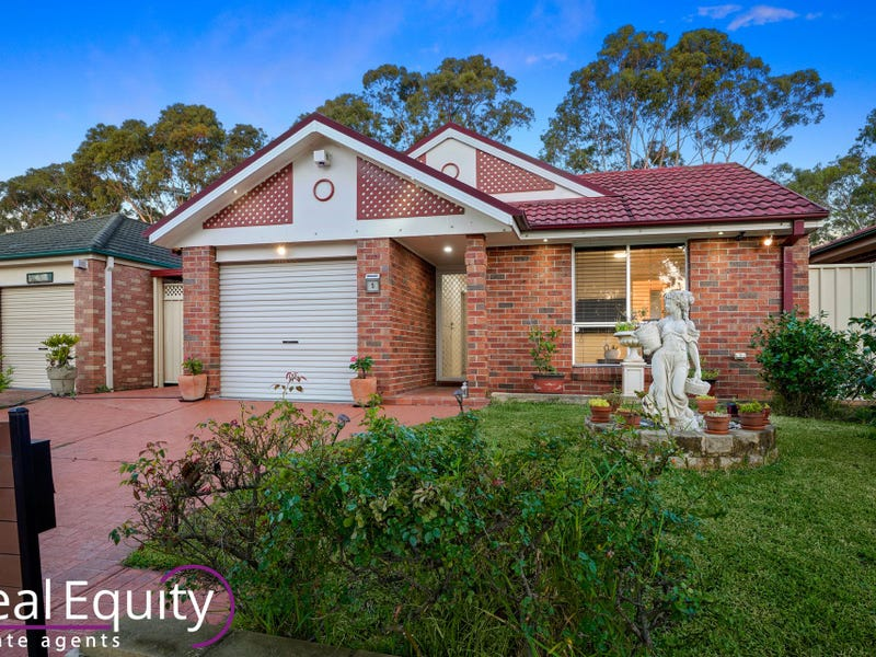 5 Corryton Court, Wattle Grove, NSW 2173