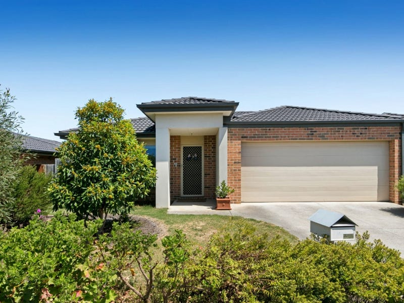 11 Meadow Crest Circuit, Mount Martha, Vic 3934