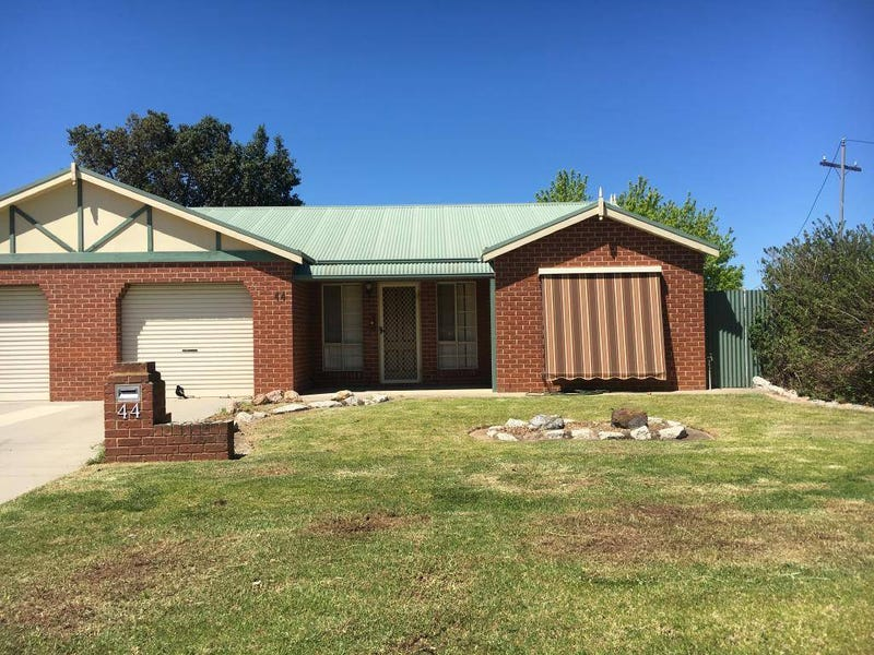 44 Tocumwal Street, Finley, NSW 2713