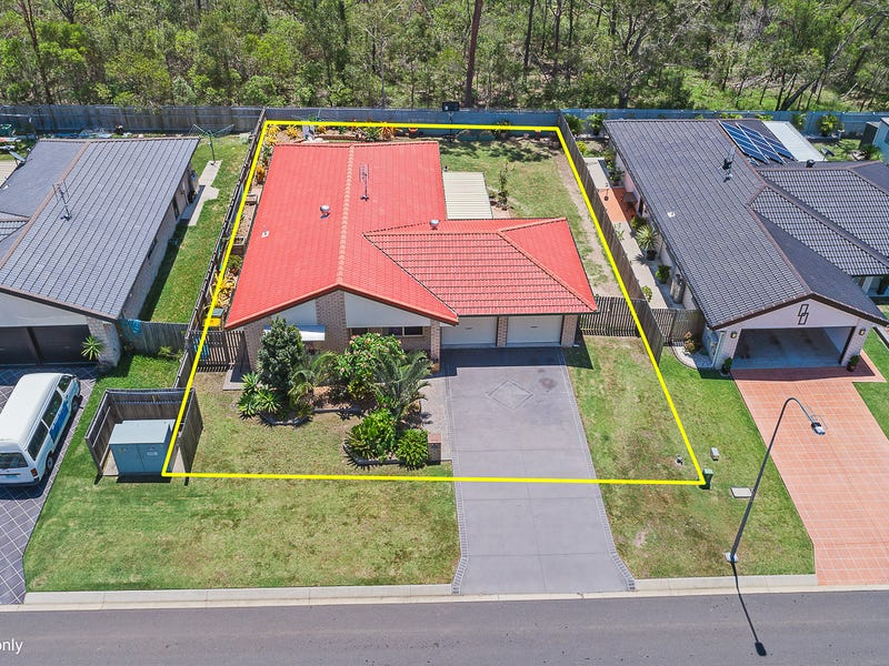 11 Crystal Court, Urangan, Qld 4655