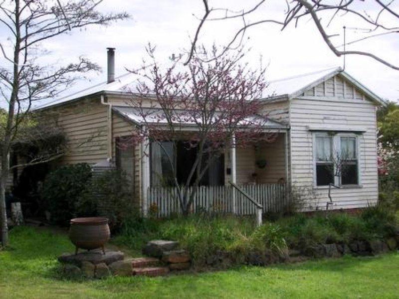 913 Hawksnest Road, Pirron Yallock, Vic 3249