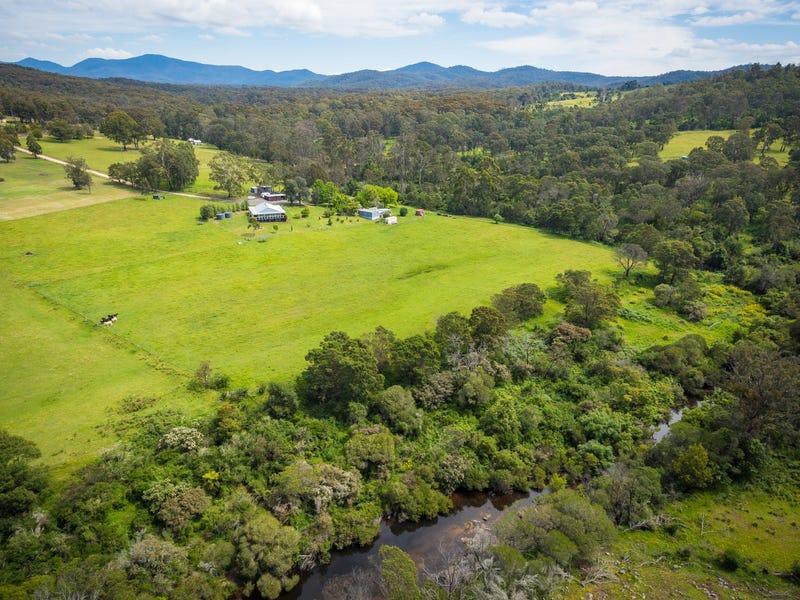 676 Mount Darragh Road, Lochiel, NSW 2549