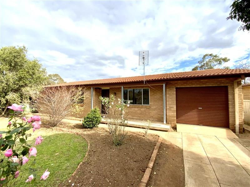 28 Coolabah Street, Forbes, NSW 2871