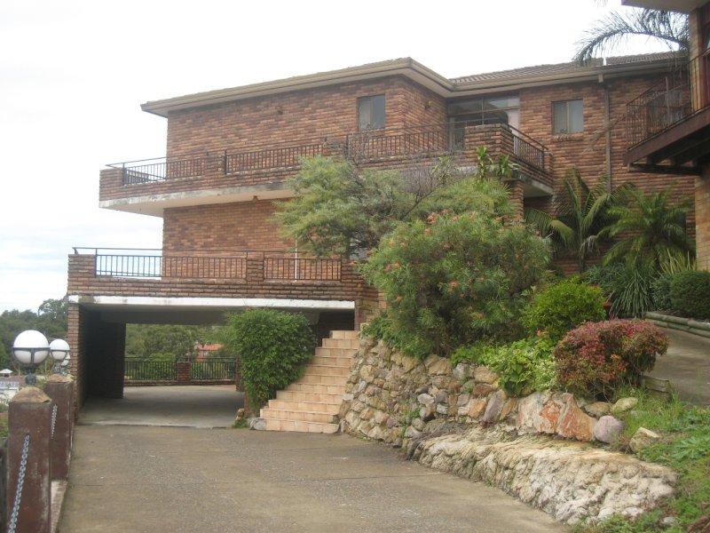8 Highland Crescent, Earlwood, NSW 2206