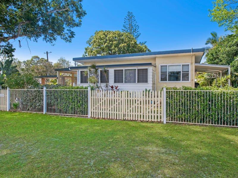 9 Boomerang Street, Lake Cathie, NSW 2445