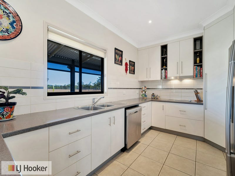 65 McConnel Street, Braemore, Qld 4313