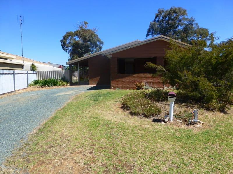 44 Adelaide Crescent, Echuca, Vic 3564