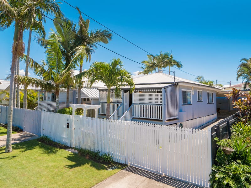 30 Bailey Street, Woody Point, Qld 4019