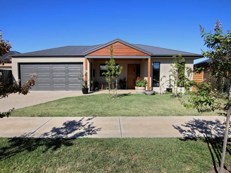 4 Kerry Court, Mansfield, Vic 3722
