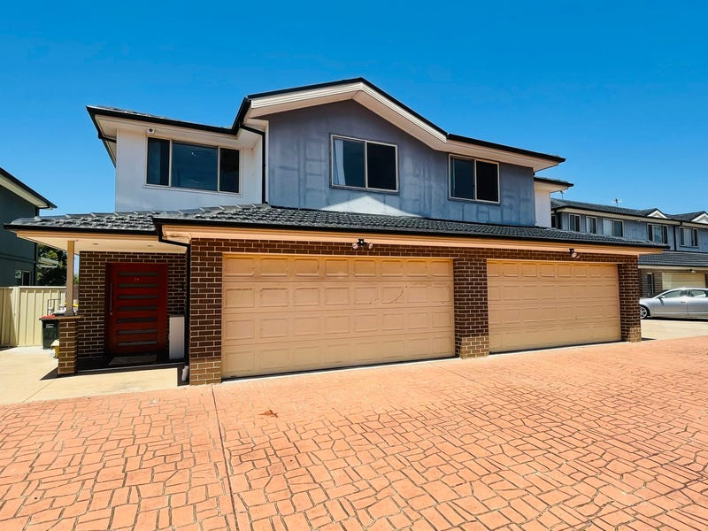 19/7 ALTAIR PLACE, Hinchinbrook, NSW 2168