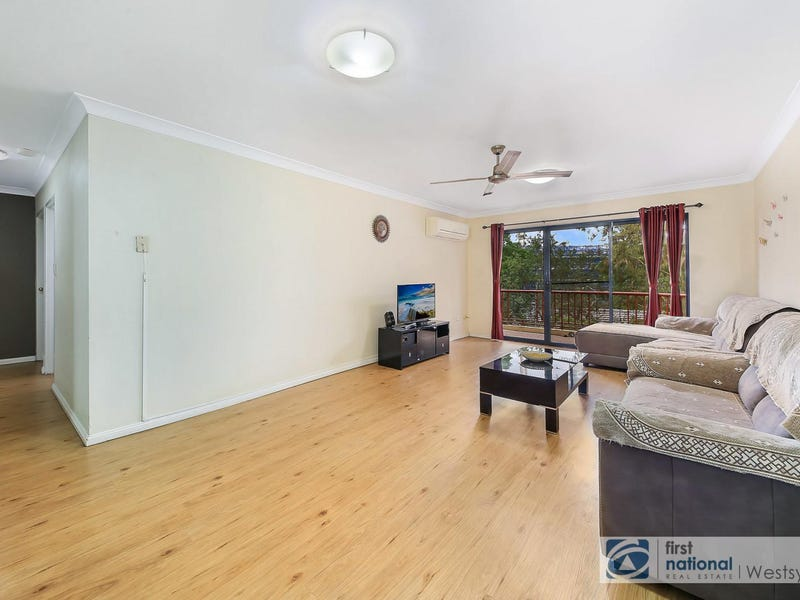 10/240-242 Targo Road, Toongabbie, NSW 2146