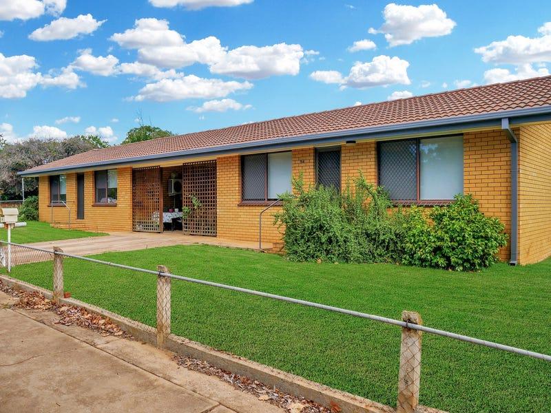 94-96 Victoria Avenue, Narrandera, NSW 2700